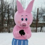 Свинья символ 2019 года Поросенок Пятачок из Винни Пуха